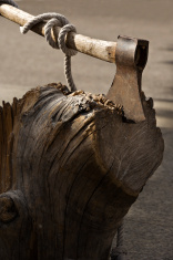 -axe-in-stump
